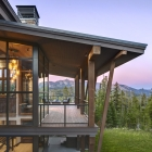 Diamond Hitch Mountain Modern House Porch