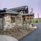Diamond Hitch Mountain Modern House Front Stone Work