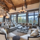 luxury mountain house Living Room